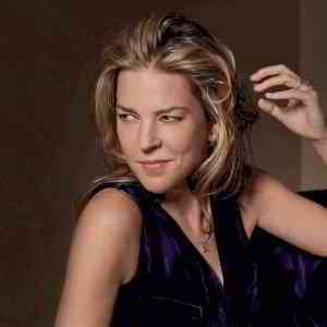 Diana Krall - Topic - YouTube
